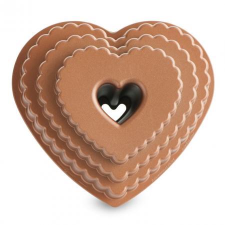Scalloped-Heart-Bundt