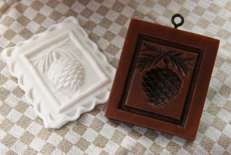 Pine-Cone-Cookie-Mold