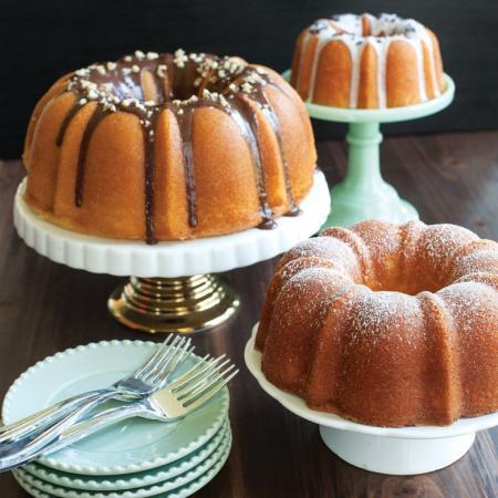 Three-Piece-Tiered-Bundt-Cake-Pan