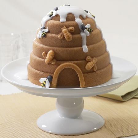 Beehive-Cake-Pan
