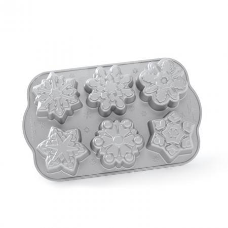 Frozen-Snowflakes-Cakelet-Pan