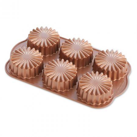Ruffled-Medallion-Dessert-Mold